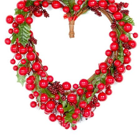 BERRY AND LEAF HEART WREATH 30cm